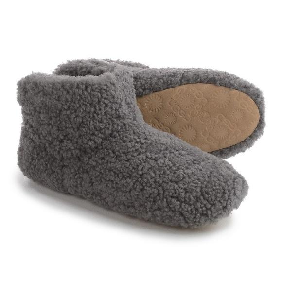 ce79d4b2996 UGG Australia Amary Slipper Boots Brand New Size 6 NWT
